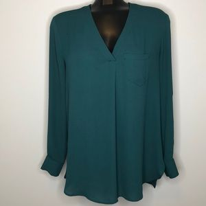 LORD & TAYLOR green tunic semi sheer v-neck blouse